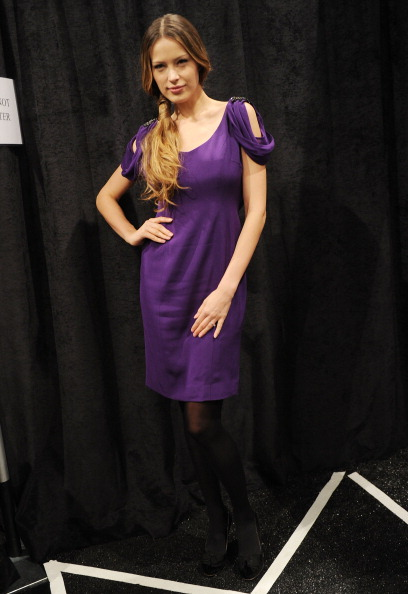 Stockings「Zang Toi - Backstage - Fall 2012 Mercedes-Benz Fashion Week」:写真・画像(12)[壁紙.com]