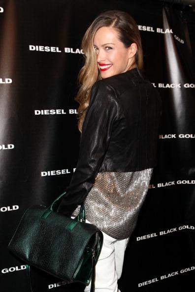 Silver Colored「Diesel Black Gold - Backstage- Fall 2012 Mercedes-Benz Fashion Week」:写真・画像(6)[壁紙.com]