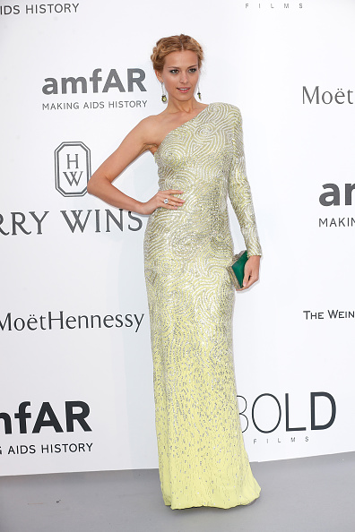 Clutch Bag「amfAR's 22nd Cinema Against AIDS Gala, Presented By Bold Films And Harry Winston - Arrivals」:写真・画像(9)[壁紙.com]