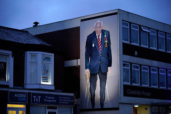 No People「WWII Veteran And NHS Fundraiser Captain Sir Tom Moore Dies Aged 100」:写真・画像(18)[壁紙.com]