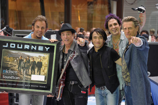 Journey Performs At The 2011 Today Summer Concert Series:ニュース(壁紙.com)