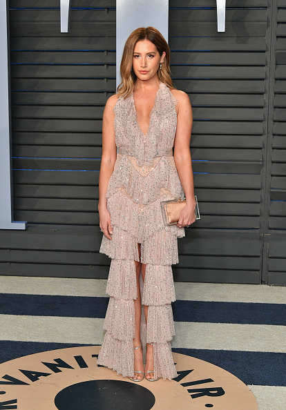 Ashley Tisdale「2018 Vanity Fair Oscar Party Hosted By Radhika Jones - Arrivals」:写真・画像(16)[壁紙.com]