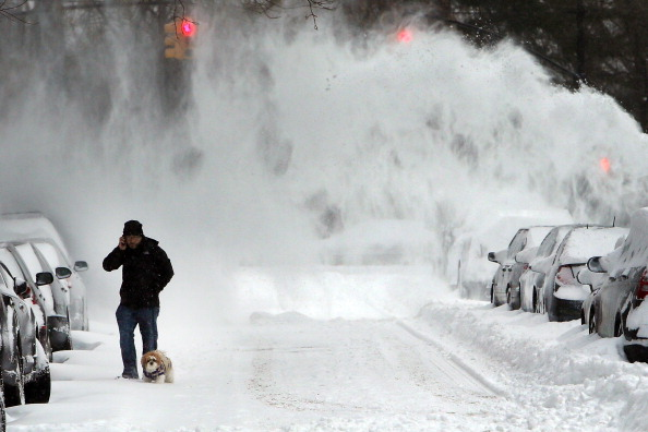 Blizzard「Winter Snow Storm Hammers Northeastern US」:写真・画像(13)[壁紙.com]
