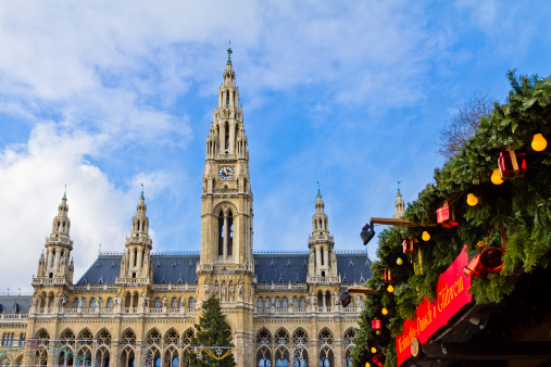 Gothic Style「Vienna City Hall at Christmas」:スマホ壁紙(16)