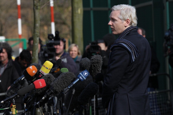 T 「Julian Assange Appears In Court For His Extradition Hearing」:写真・画像(0)[壁紙.com]