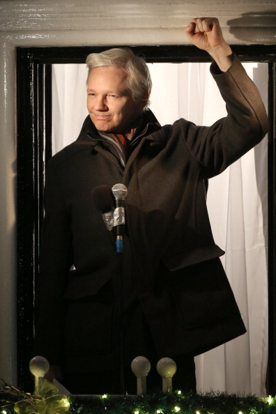上半身「Wikileaks Founder Julian Assange Makes A Statement After Six Months Residing At The Ecuadorian Embassy」:写真・画像(14)[壁紙.com]