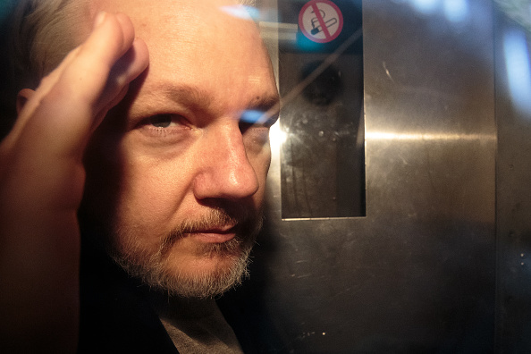 Portrait「Julian Assange Sentenced To 50 Weeks In Prison For Breaching Bail Conditions」:写真・画像(19)[壁紙.com]