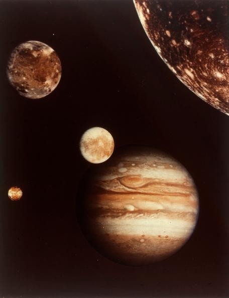 Composite Image「Colour Composite Of Jupiter And Four Moons. Creator: Nasa.」:写真・画像(8)[壁紙.com]