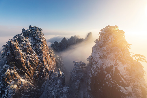 UNESCO「Winter sunrise landscape in Huangshan National park」:スマホ壁紙(0)