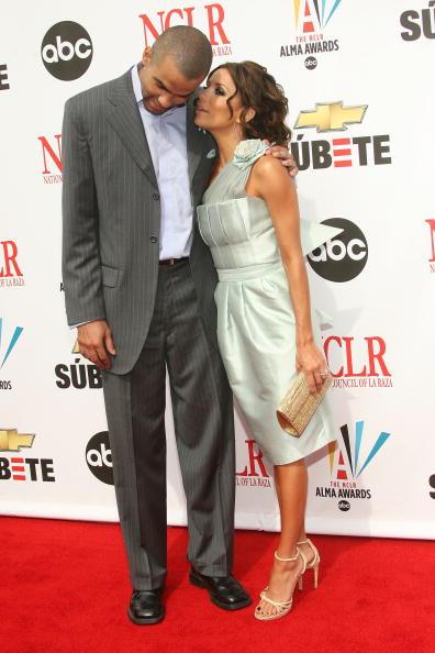 Gold Purse「2007 NCLR ALMA Awards - Arrivals」:写真・画像(11)[壁紙.com]