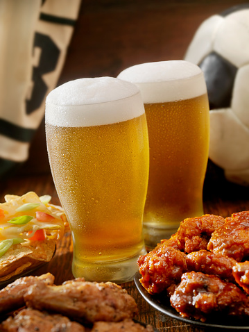 Chicken Wing「Beer, Soccer and Wings」:スマホ壁紙(0)