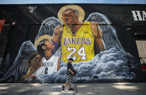 Death「Los Angeles Lakers Legend Kobe Bryant Memorialized Across L.A. In Murals」:写真・画像(19)[壁紙.com]