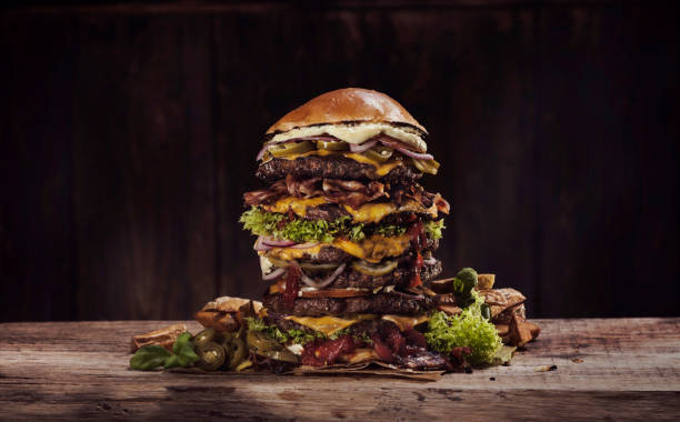 Extra large cheese bacon burger:スマホ壁紙(壁紙.com)