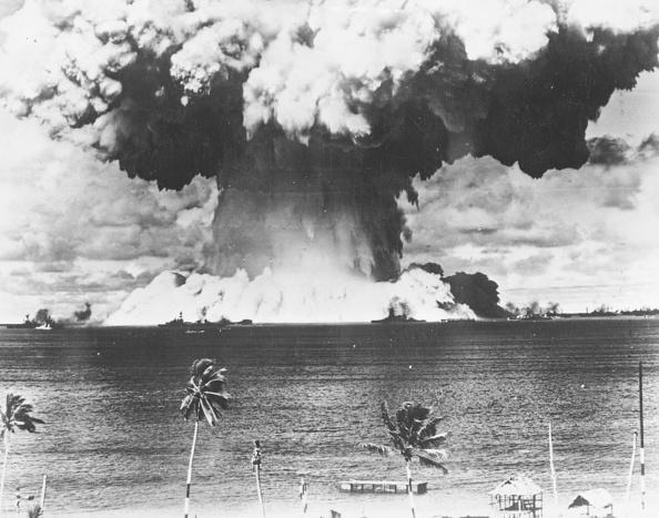 Exploding「Bikini Bomb」:写真・画像(19)[壁紙.com]