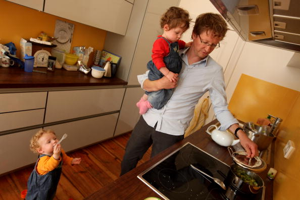 Parent「Germany Debates Expanding Parental Leave」:写真・画像(17)[壁紙.com]