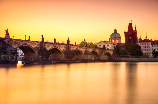 Gothic Style「View of charles bridge in Prague at sunrise. Czech Republic」:スマホ壁紙(10)
