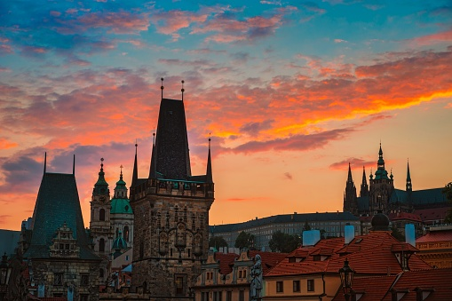 Hradcany「View of Charles Bridge in Prague during sunset, Czech Republic.」:スマホ壁紙(15)