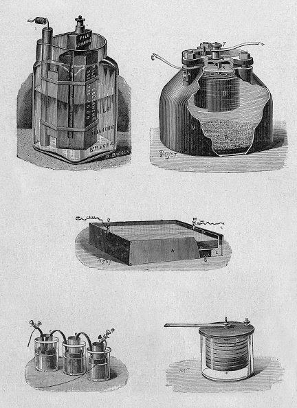 Power Supply「Various metal oxide batteries from top to bottom from left to right to agglomerate Leclanche cell stack Chaperon Lalande and shell elements to the stack of elements Chaperon Lalande and troughs has the Daniell battery and battery is a disc burning paper e」:写真・画像(17)[壁紙.com]