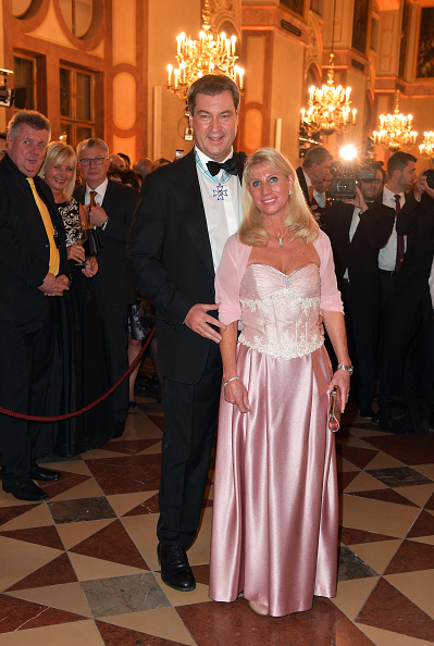 Black Suit「New Year Reception Of Bavarian State Government」:写真・画像(9)[壁紙.com]