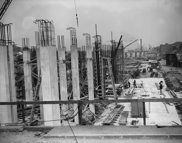 Architectural Column「Canning Town Viaduct」:写真・画像(14)[壁紙.com]