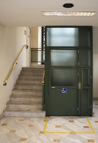 Portability「Wheel chair elevator」:スマホ壁紙(0)