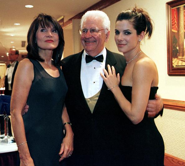 Parent「Sandra Bullock and Parents」:写真・画像(8)[壁紙.com]