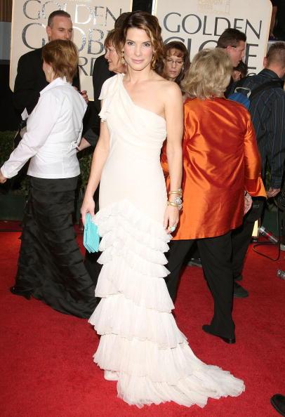 Index Finger Ring「The 66th Annual Golden Globe Awards - Arrivals」:写真・画像(12)[壁紙.com]