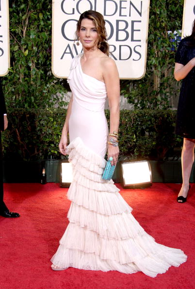 Index Finger Ring「The 66th Annual Golden Globe Awards - Arrivals」:写真・画像(17)[壁紙.com]