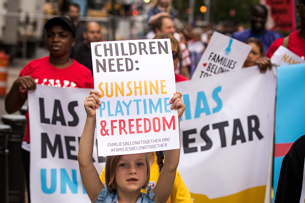 Ice「Activists Demonstrate ICE's Detention Of Children Separated From Their Families」:写真・画像(18)[壁紙.com]