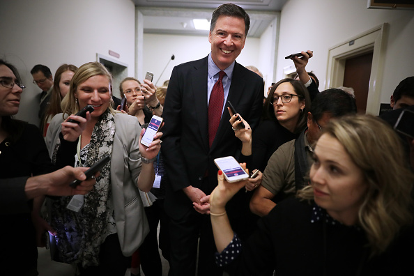 Chip Somodevilla「Former FBI Director James Comey Testifies Before House Judiciary Committee」:写真・画像(2)[壁紙.com]