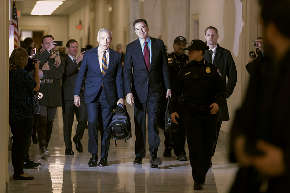 Chip Somodevilla「Former FBI Director James Comey Testifies Before House Judiciary Committee」:写真・画像(9)[壁紙.com]