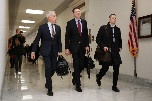 Chip Somodevilla「Former FBI Director James Comey Testifies Before House Judiciary Committee」:写真・画像(10)[壁紙.com]