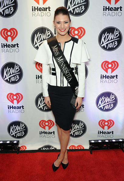 ポインテッドトゥ「101.3 KDWB's Jingle Ball 2014 Presented By Sky Zone Indoor Trampoline Park And Allstate - Backstage」:写真・画像(7)[壁紙.com]