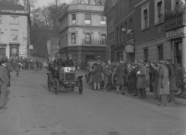 ダイムラーAG「1898 Daimler 6hp」:写真・画像(4)[壁紙.com]