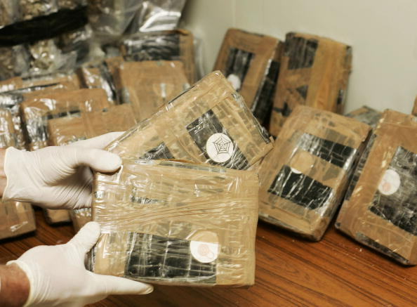 Cocaine「Major Drugs Haul Seized By Federal Police Force」:写真・画像(3)[壁紙.com]