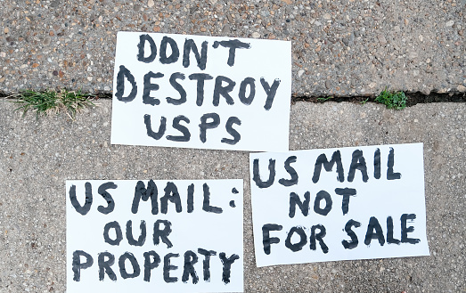 Protestor「Protests about United States Postal Service」:スマホ壁紙(7)