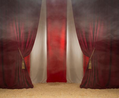 Carnival「smokey circus tent」:スマホ壁紙(3)