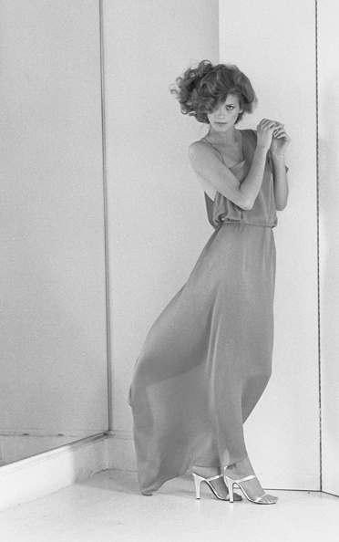Long Dress「Portrait Of Gia Carangi」:写真・画像(15)[壁紙.com]