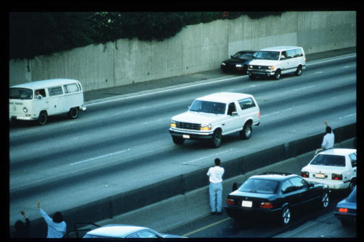 Ford Motor Company「Motorists Wave At O.J. Simpson During Police Freeway Pursuit」:写真・画像(12)[壁紙.com]