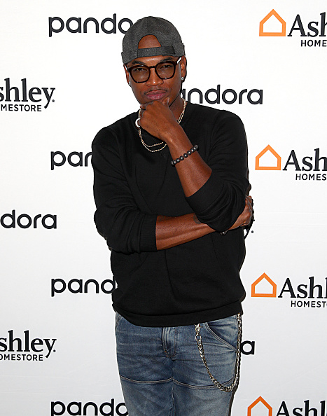 Joe Scarnici「Ashley HomeStore Presents Urbanology Powered By Pandora Featuring Ne-Yo」:写真・画像(11)[壁紙.com]