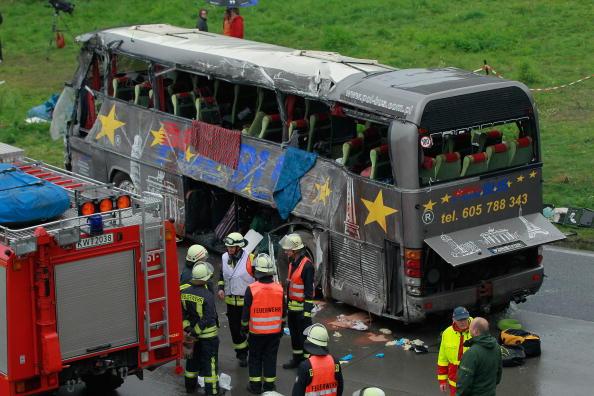 Support「Several Killed In Motorway Bus Crash Near Berlin」:写真・画像(1)[壁紙.com]