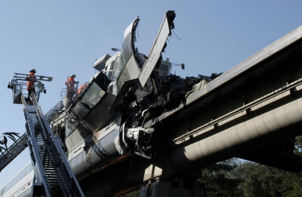 Magnet「Transrapid High-Speed MagneticTrain Accident」:写真・画像(13)[壁紙.com]