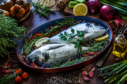 Sea Bream「Sea bream and ingredients for cooking and seasoning」:スマホ壁紙(5)