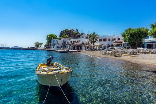 Patmos「Greece, Patmos, Skala, boat in a bay」:スマホ壁紙(16)