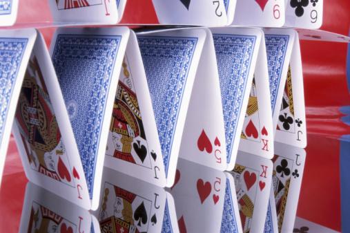 Pyramid Shape「House of Cards」:スマホ壁紙(0)