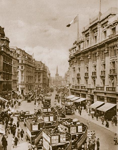 Double-Decker Bus「Upper Part Of Regent's Street London circa 1910s-circa 1920s(?)」:写真・画像(17)[壁紙.com]