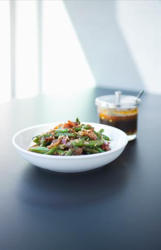 Chili Sauce「Green Beans with carmelized ginger, prhik king.」:スマホ壁紙(14)