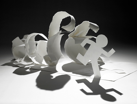 Hopelessness「paper man running away from paper waves」:スマホ壁紙(17)
