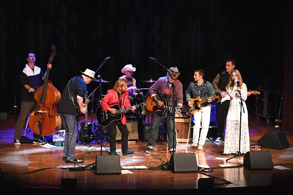 Jason Phillips「The Country Music Hall of Fame and Museum presents 'Boppin' the Blues: A Celebration of Sam Phillips'」:写真・画像(2)[壁紙.com]
