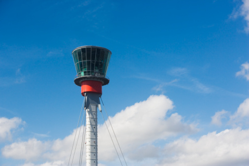 Heathrow Airport「England, London, Heathrow Airport, Control tower at airport, low angle view」:スマホ壁紙(12)